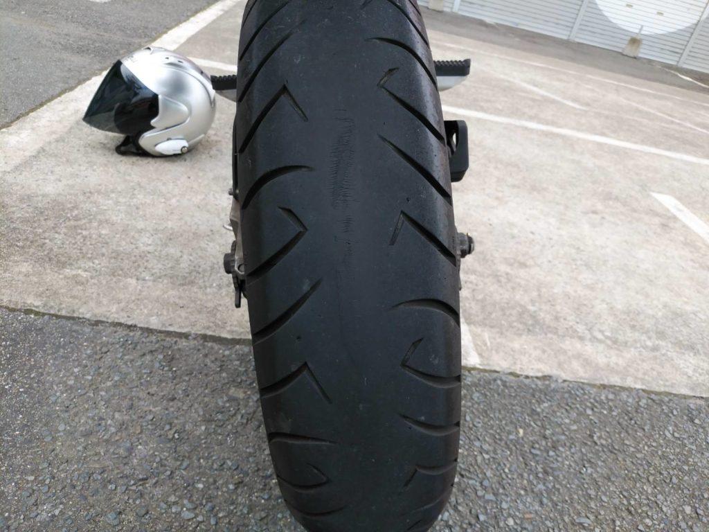 バイクの危険なタイヤ